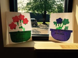With the help of wonderful community volunteers, our youngest scholars created these beautiful masterpieces to give to their mothers for Mother's Day.